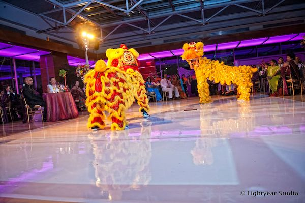 Vietnamese dragon dancers- Vietnamese wedding - Vietnamese wedding traditions - Philadelphia fusion weddings - Philadelphia multicultural weddings