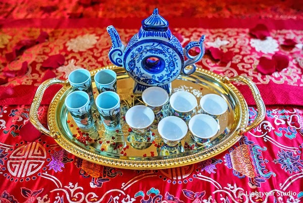 multicultural weddings- fusion weddings- Vietnamese tea ceremony - Vietnamese wedding traditions - tea pot and cups for tea ceremony